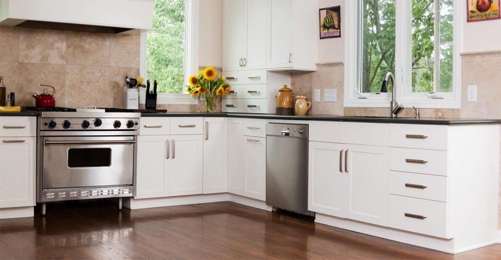 kitchen-wood-floor-home-renovation